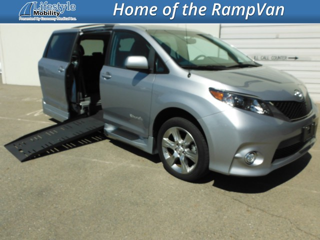 2012 Toyota Sienna BraunAbility Rampvan XT Wheelchair Van For Sale