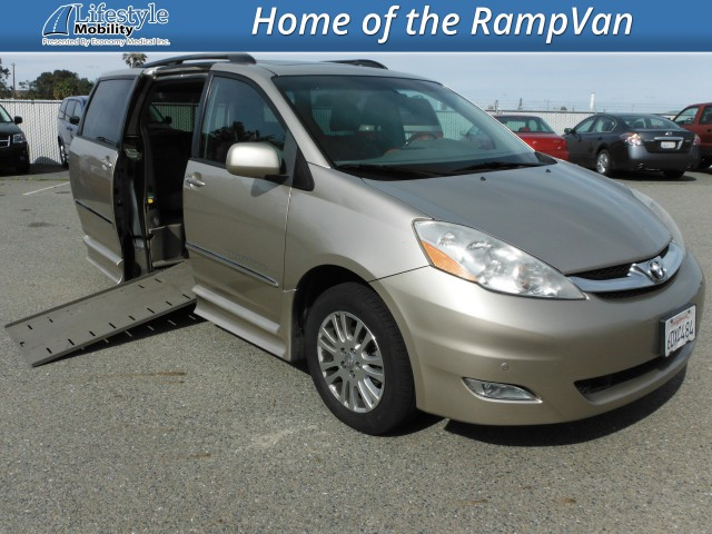 2008 Toyota Sienna  Wheelchair Van For Sale