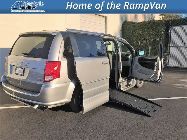 2017 Dodge Grand Caravan BraunAbility Dodge Entervan XT Wheelchair Van For Sale