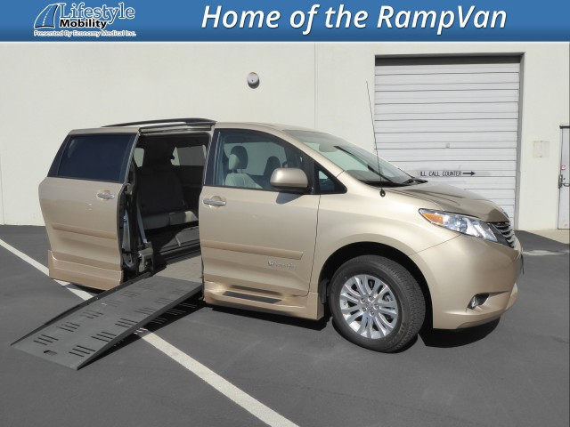 2013 Toyota Sienna BraunAbility Rampvan XT Wheelchair Van For Sale